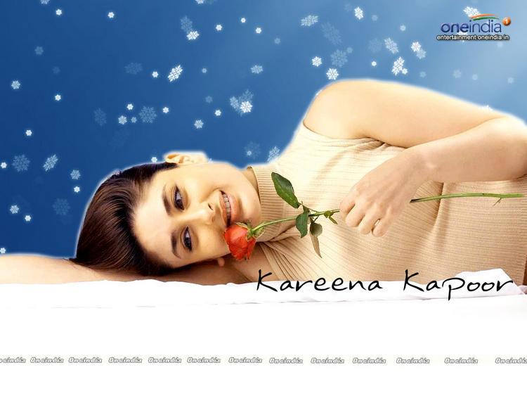 Kareena Kapoor On Love Mode Still