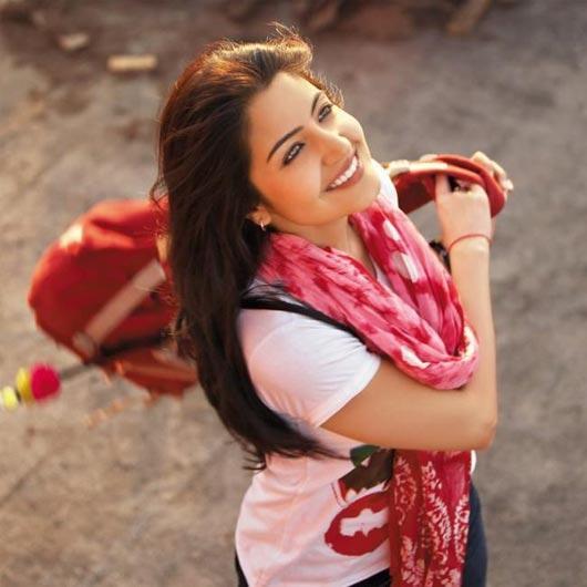 Anushka Sharma Cute Face Stunning pic