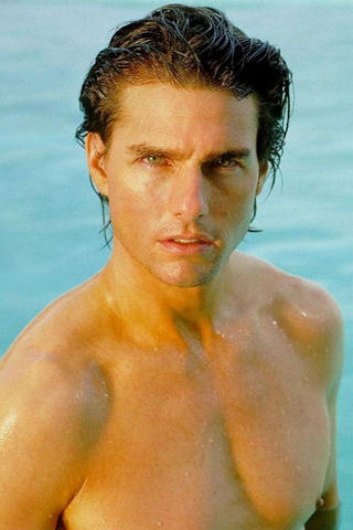 Tom Cruise Sexy Wet Body Show Pic