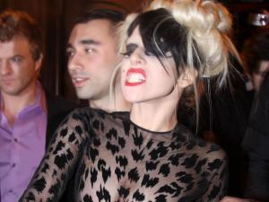 Lady Gaga Ugly Pose Picture