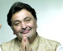 Rishi Kapoor Smiling With Greet Pose Photo