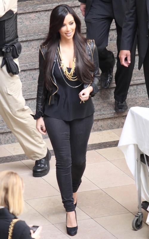 Kim Kardashian Stylist Stunning pic
