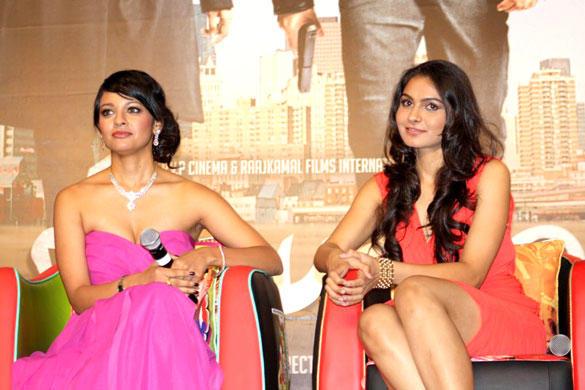 Pooja Kumar and Andrea Jeremiah at Vishwaroop Movie Press Conference at IIFA