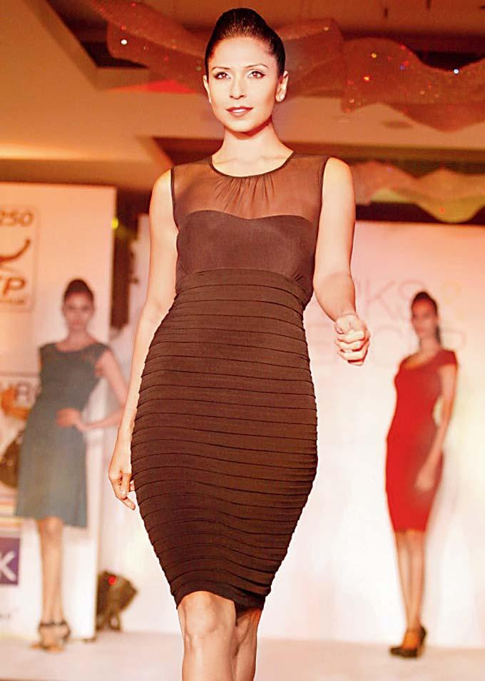 Candice Pinto Makes A Curvacious Appearance At Marks And Spencer Fashion Show