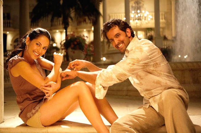 Hrithik And Barbari Sizzling And Attractive Photo Still From Movie Kites
