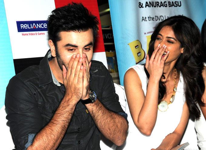 Ranbir And Ileana Photo Clicked During Promotion Of Movie Barfi
