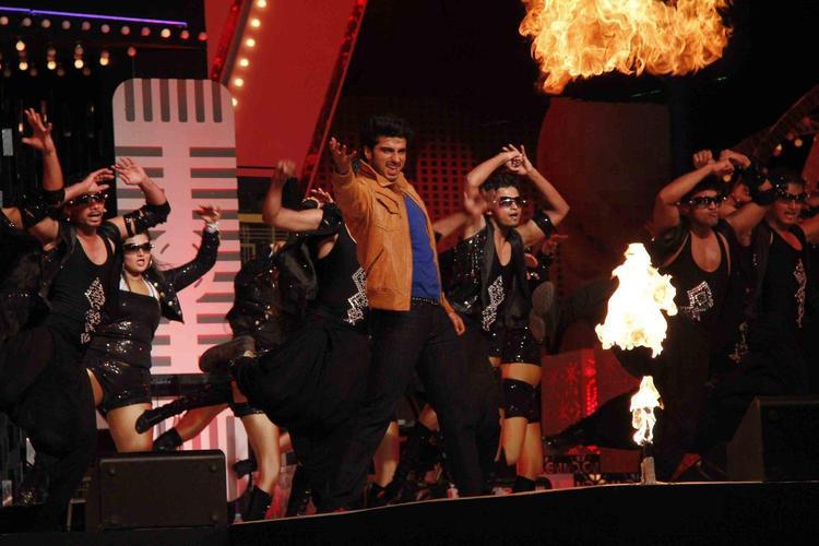 Arjun Perform At Glitterati 2013 Aamby Valley City On New Year