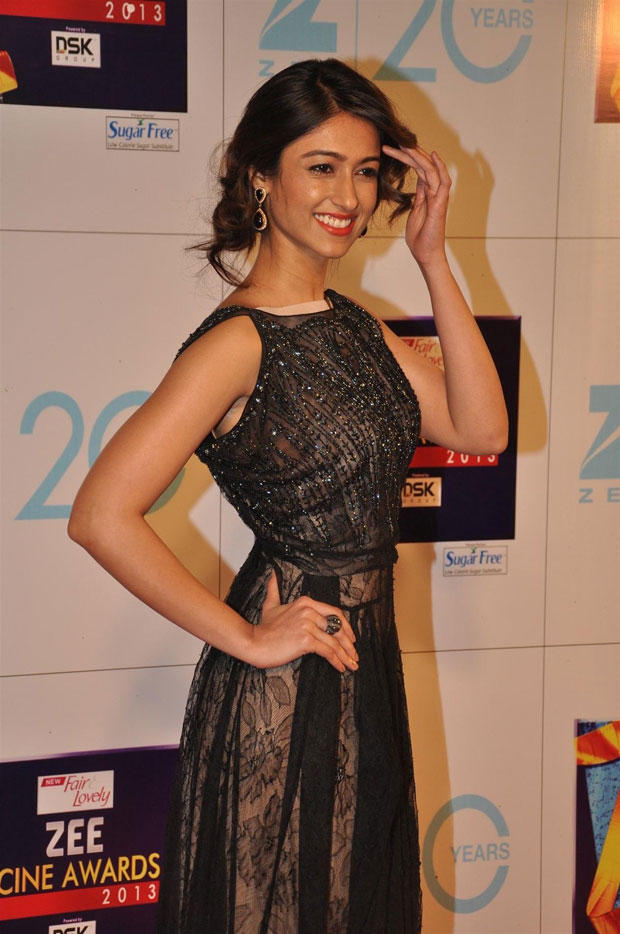 Ileana Stunning Look Photo In Black Gown Clicked At Zee Cine Awards 2013