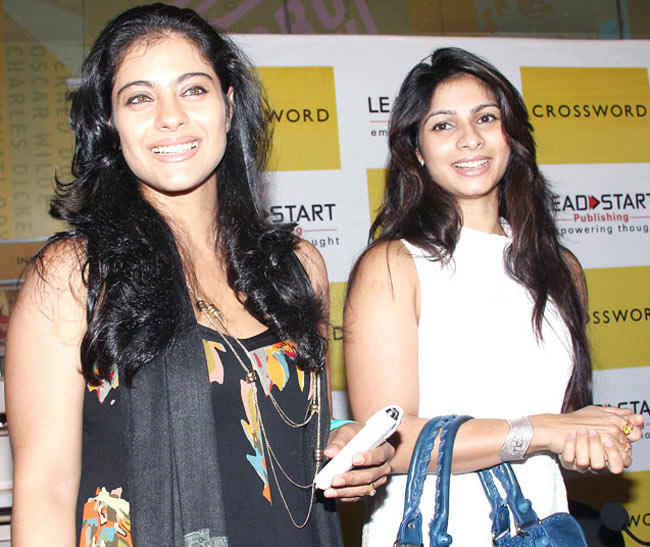 Kajol And Tanishaa Nice Look With Cute Look Photo Still