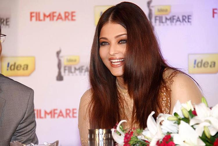 Aishwarya Smiling Still At 58th Idea Filmfare Awards Press Conference