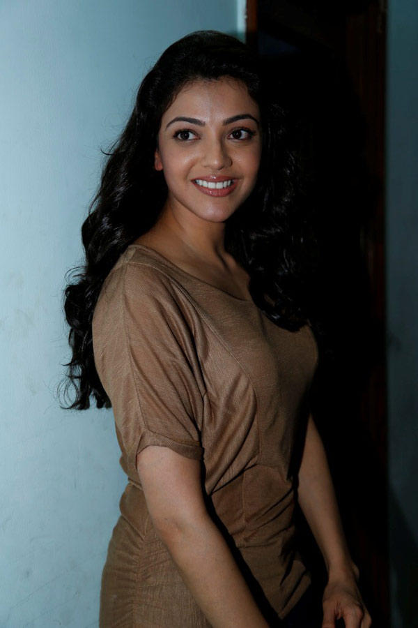 Kajal Agarwal Smiling Face Look Still