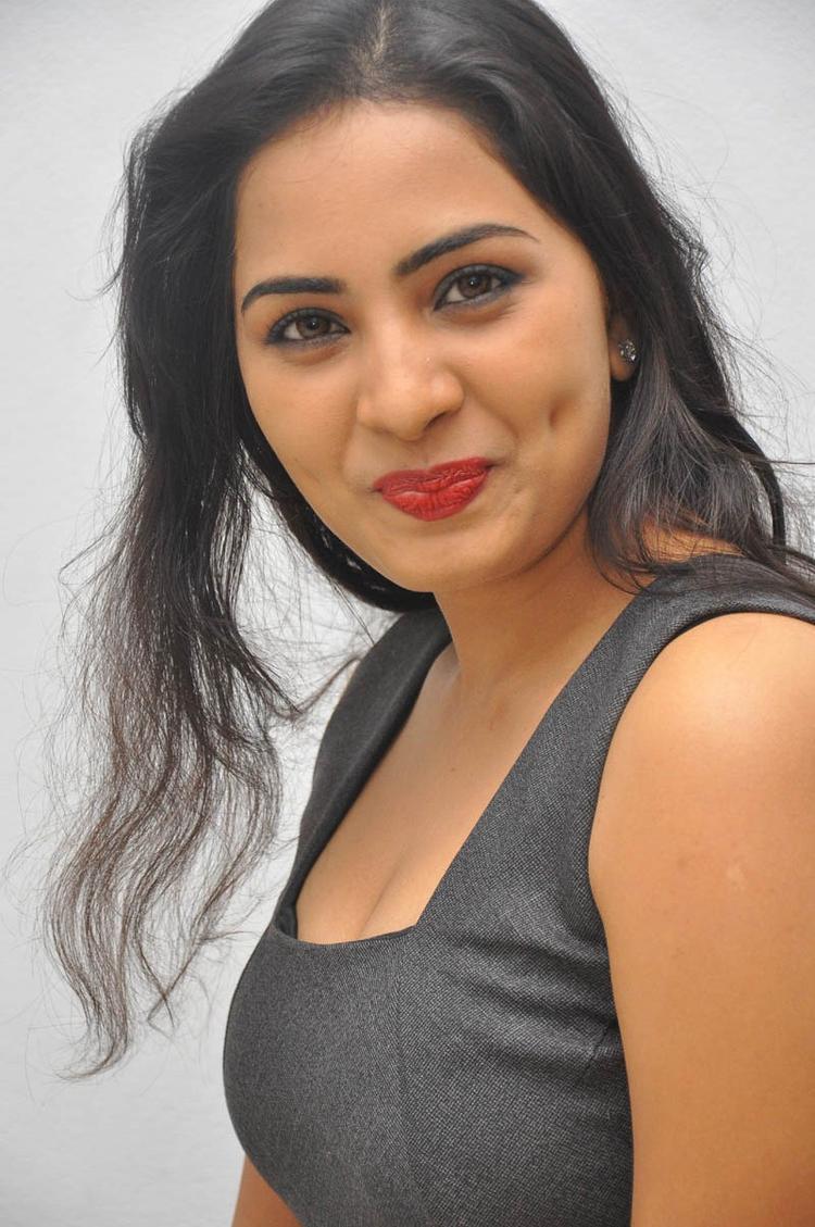 Sruthi Cute Look Photo Still