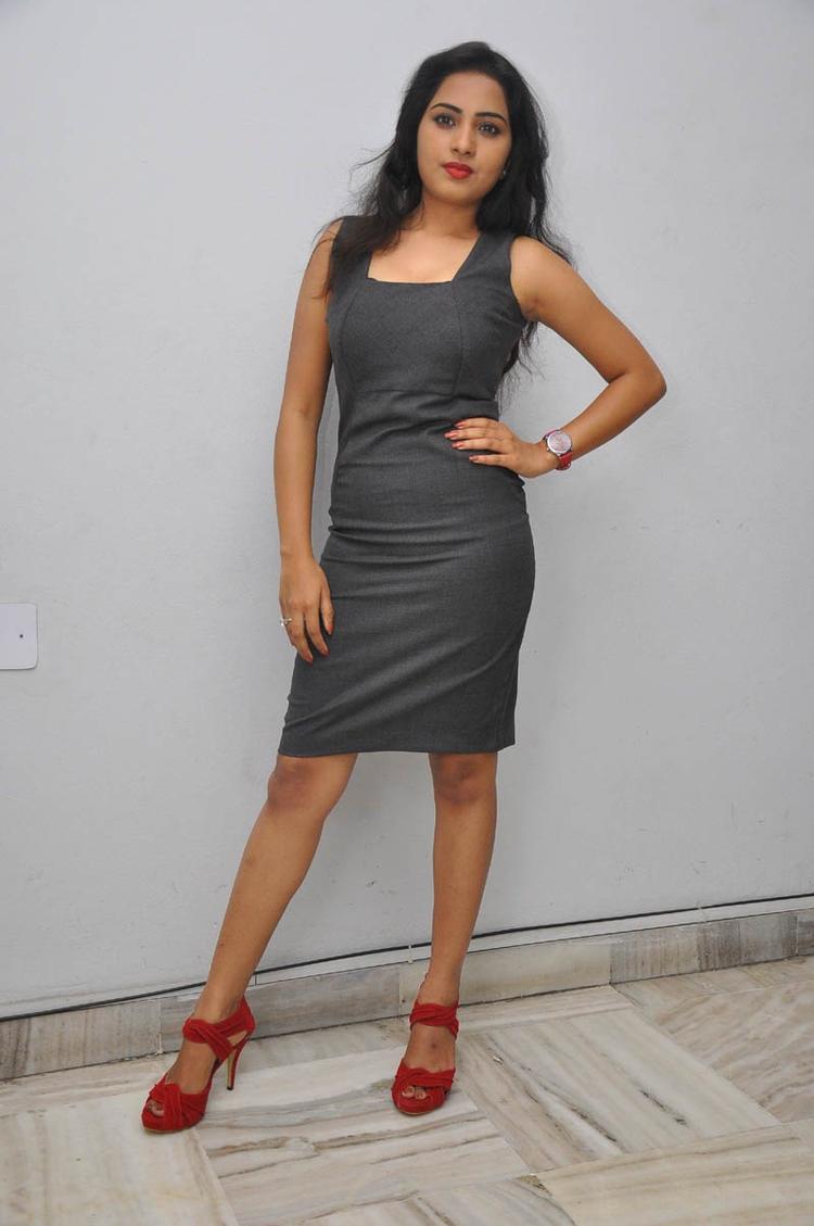 Sruthi Glamour Look Still