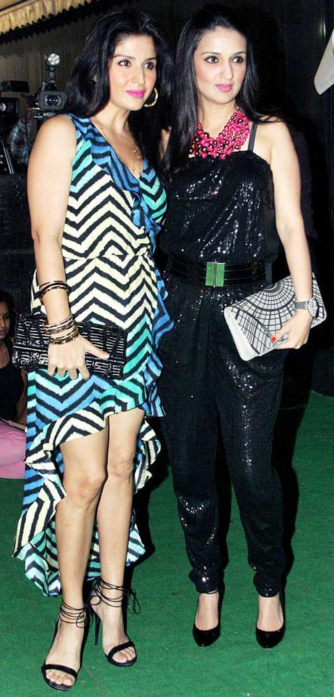 Maheep Kapoor With Anu Dewan At Mana Shetty Store Launch
