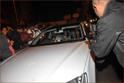 Sunny Leone And Ekta Snapped In Car At Siddhivinayak Temple