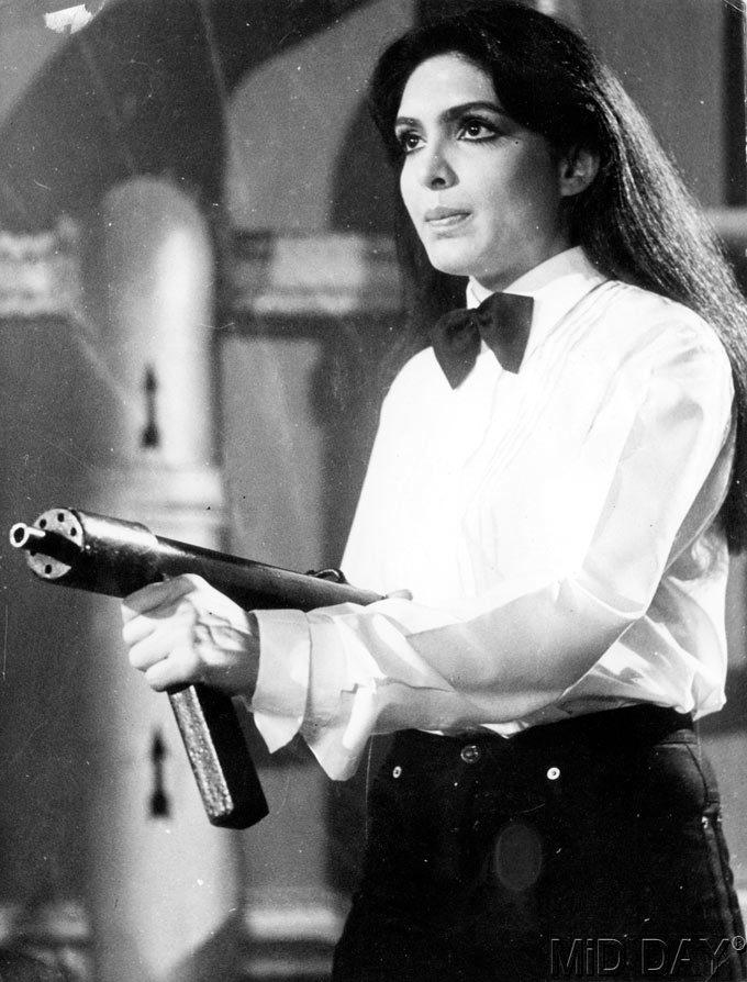 Parveen Babi With Gun Angry Look Still