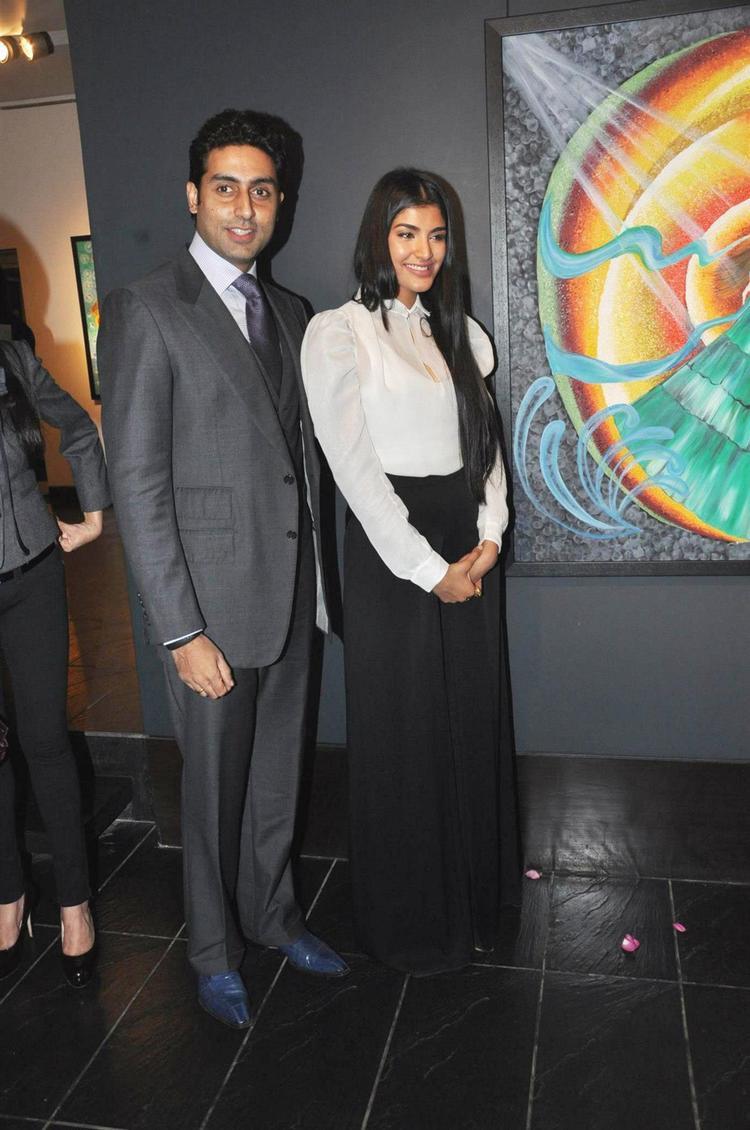 Abhishek And Radhika Cute Look Pose At The Launch Of Radhika Goenka Art Exhibition Of Radhika Goenka