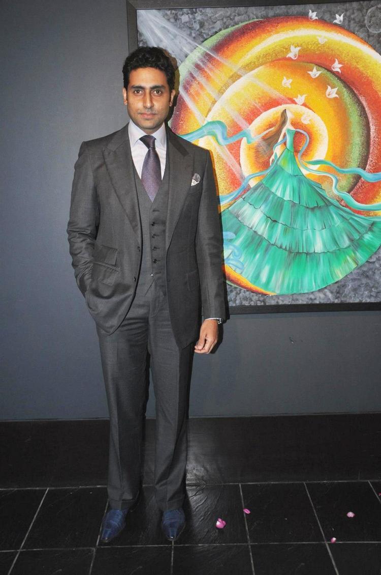 Abhishek Looked Dapper In A Suit At Art Exhibition Of Radhika Goenka