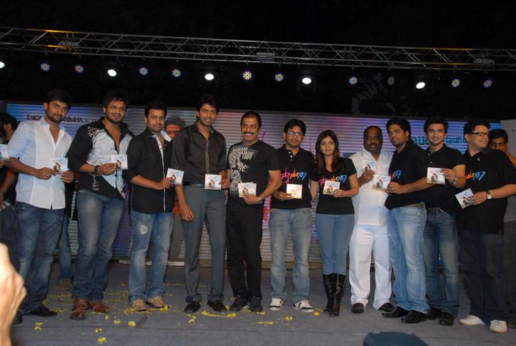 Swati,Allari Naresh,Manoj Kumar,B.V.S.N. Prasad,Nani,Nikhil And Nara Rohit Posed With CD At Swamy Ra Ra Audio Release Function