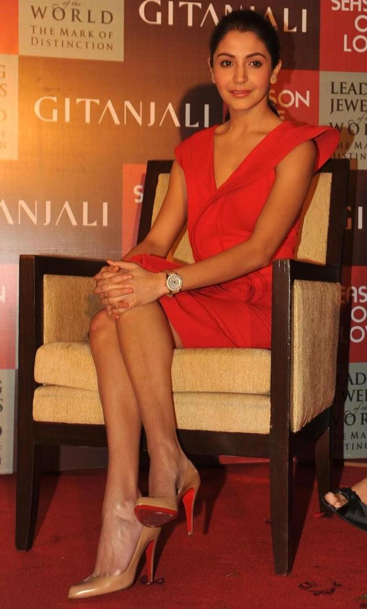 Anushka Clicked At The Launch Of Season Of Love Range By Gitanjali Jewels
