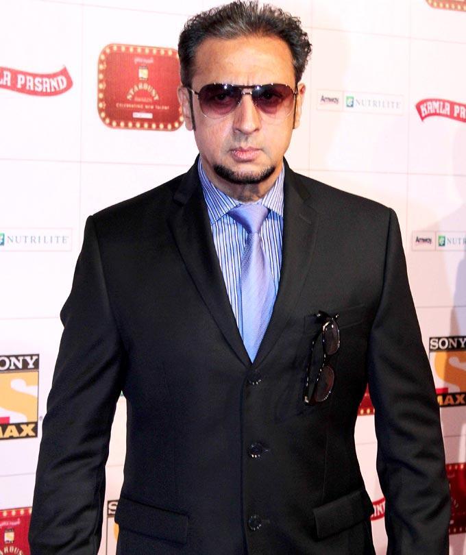 Gulshan Stylish Look Photo Clicked At Stardust Awards 2013
