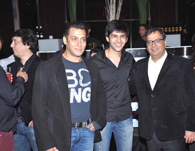 Salman And Subhash With A Kartik At Subhash Ghai Birthday Bash