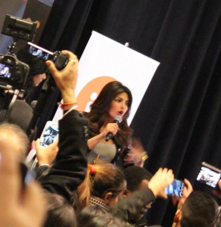 Priyanka Chopra Promotes Her Debut Single In My City At Bramalea City Centre