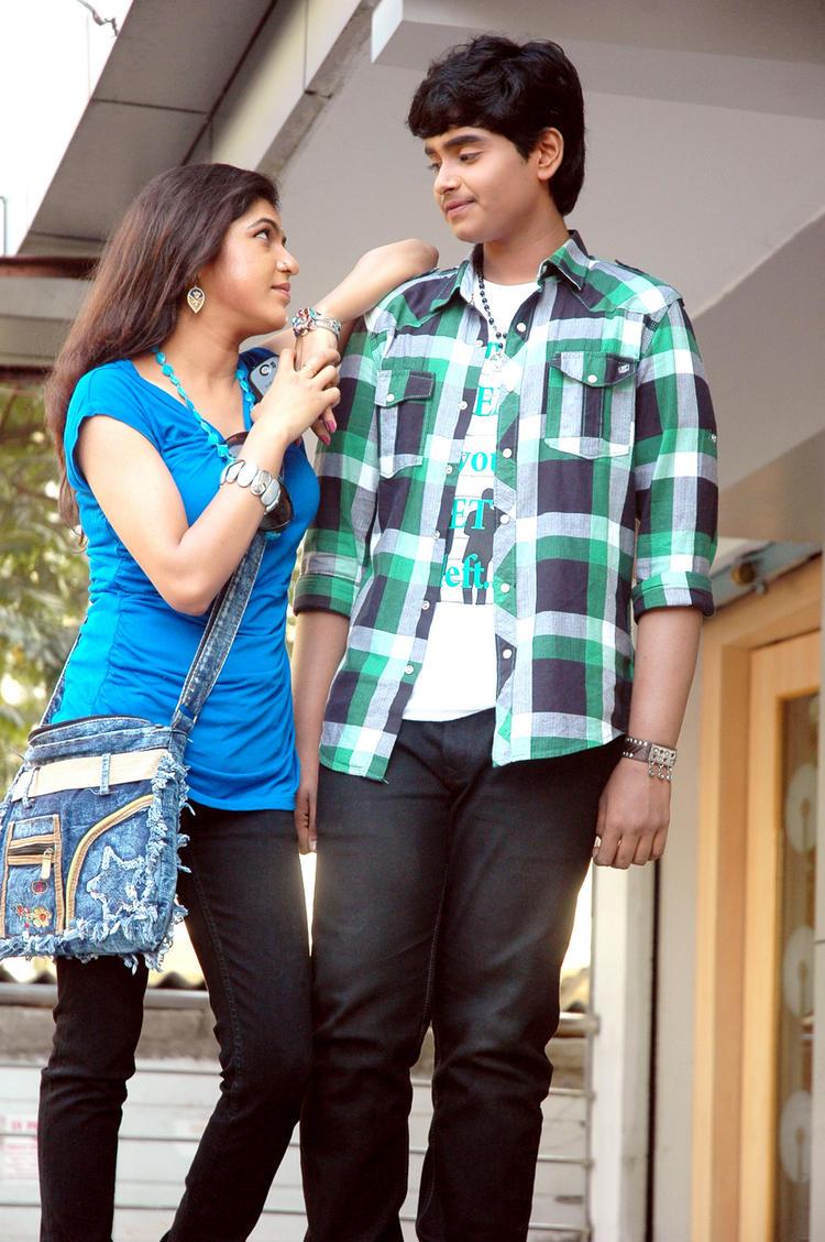Supreme And Bhavani Cool Still From Boyfriend Telugu Movie