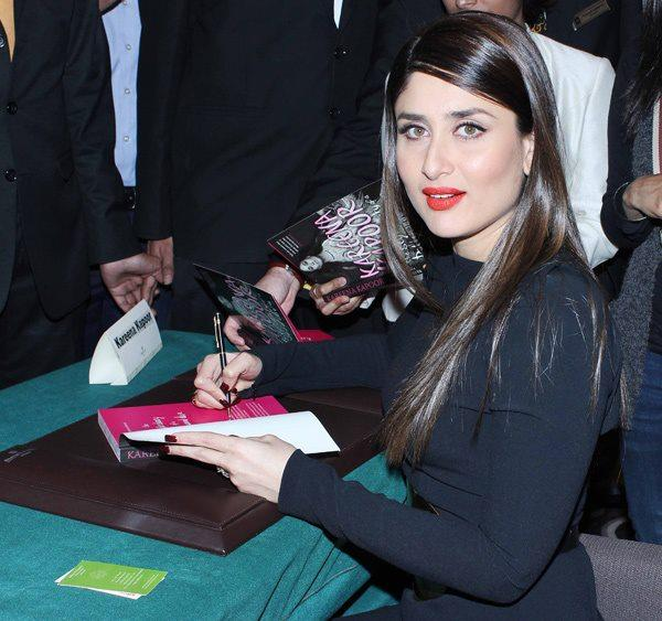 Kareena Autograph Photo Clicked At Rochele Pinto Book Launch Event