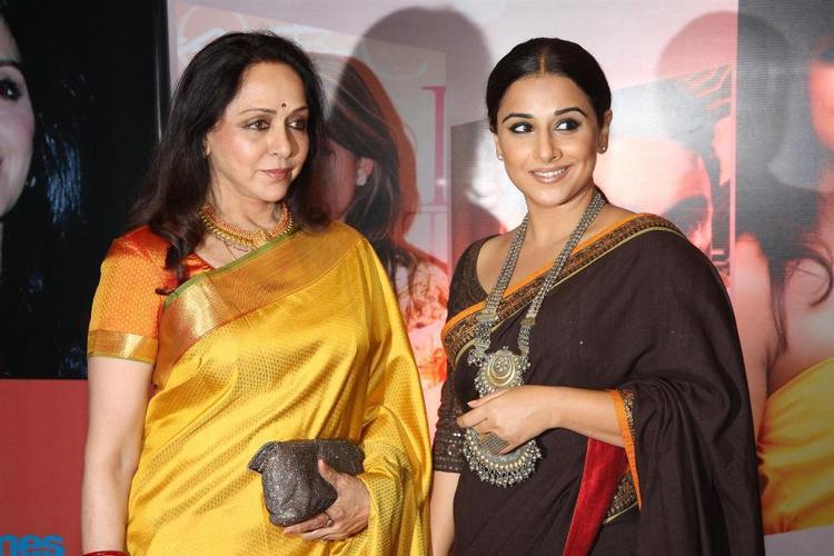 Hema Malini And Vidya Snapped At The Hindustan Times Style Award 2013
