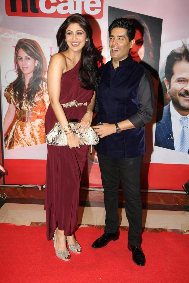 Shilpa And Manish Smiling Pose At The Hindustan Times Style Award 2013