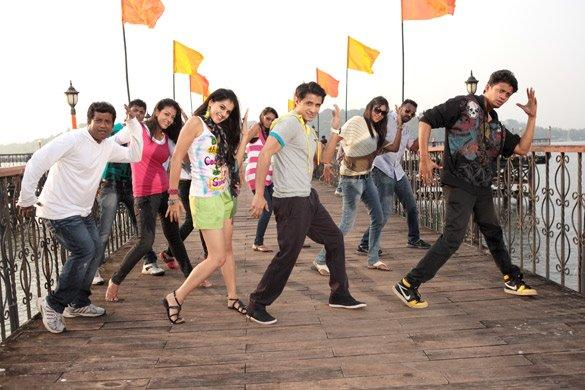 Taapsee Pannu Dancing Pose Still From Chashme Baddoor Movie