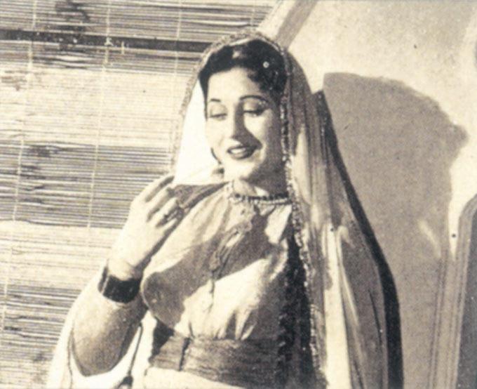 Madhubala Cute Expression Photo Still