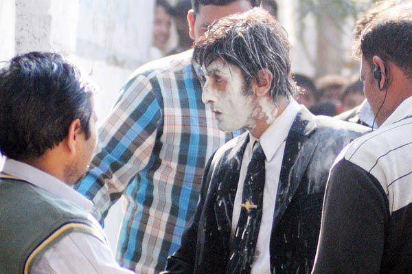 Ranbir Kapoor Funny Look On The Sets Of Besharam