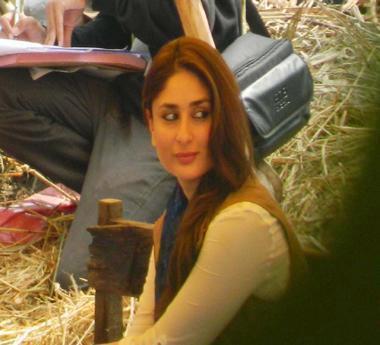 Kareena Kapoor Khan Stunning Look On The Sets Of Satyagraha At Bhopal