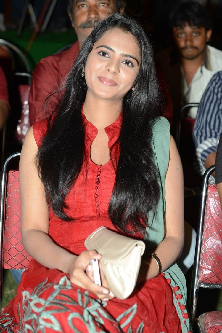 Manasa Looked Ravishing In A Red Ensemble At Romance Movie Teaser Launch