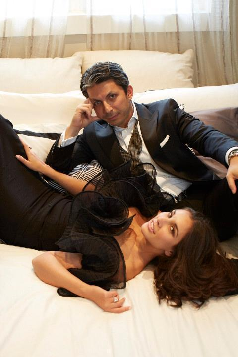 Lisa Ray And Jason Dehni Gorgeous Look Photo Still In Bed