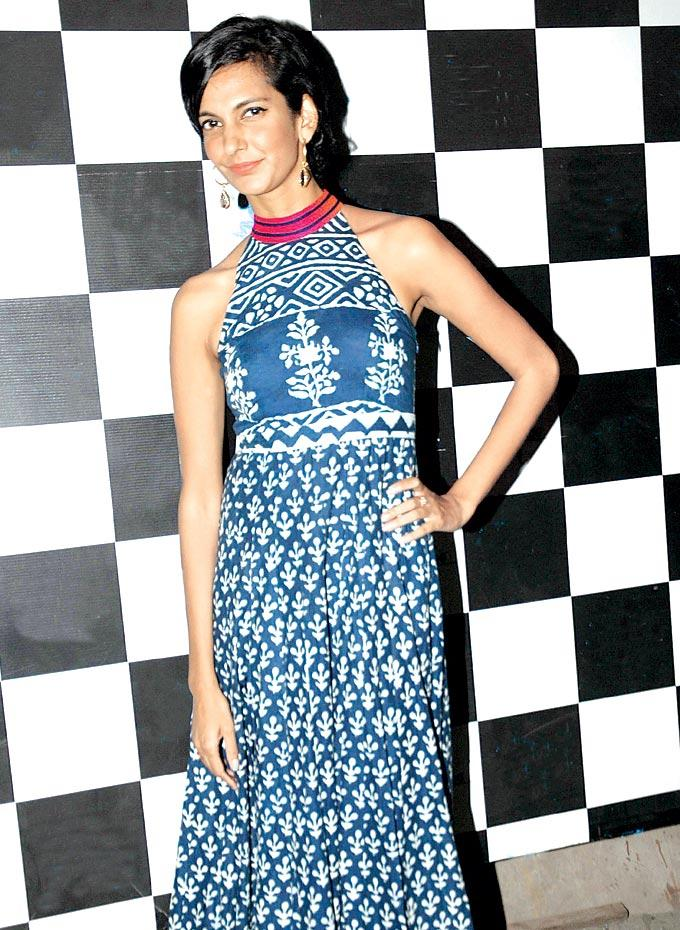 Poorna Jagannathan Strikes A Pose At One Billion Rising Bash 2013