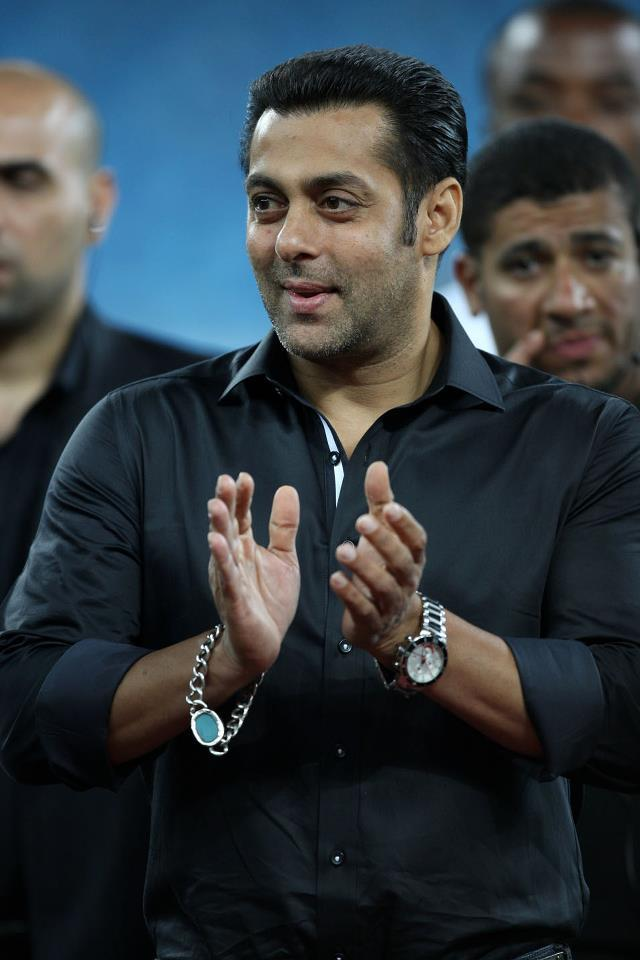 Salman Khan Clapping Photo Clicked During CCL 3 Match Held In Dubai