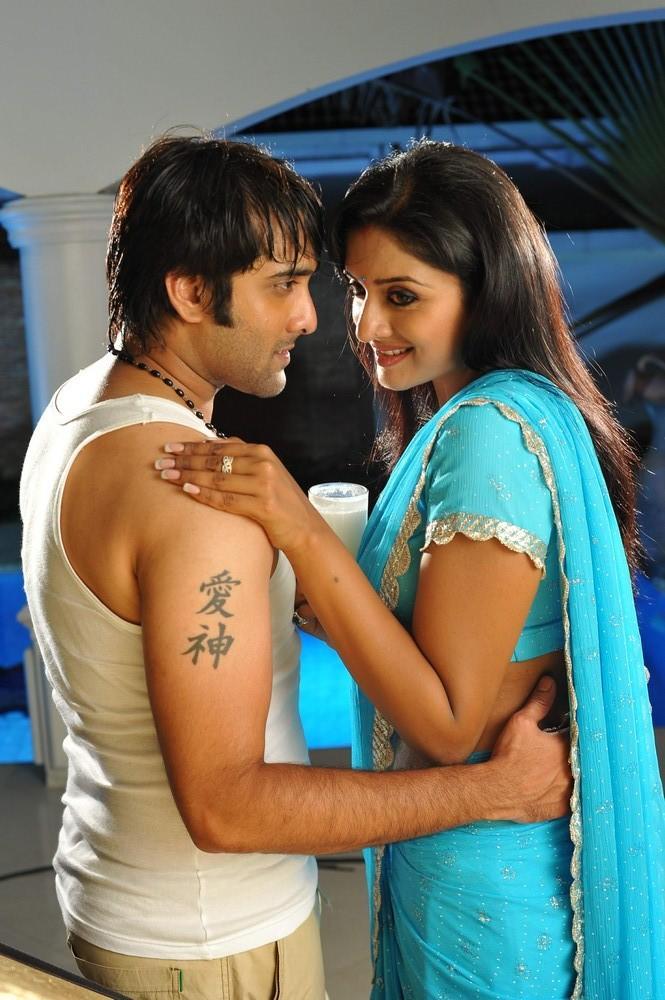 Tarun And Vimala Shy Look Photo Still From Chukkalanti Ammayi Chakkanaina Abbayi
