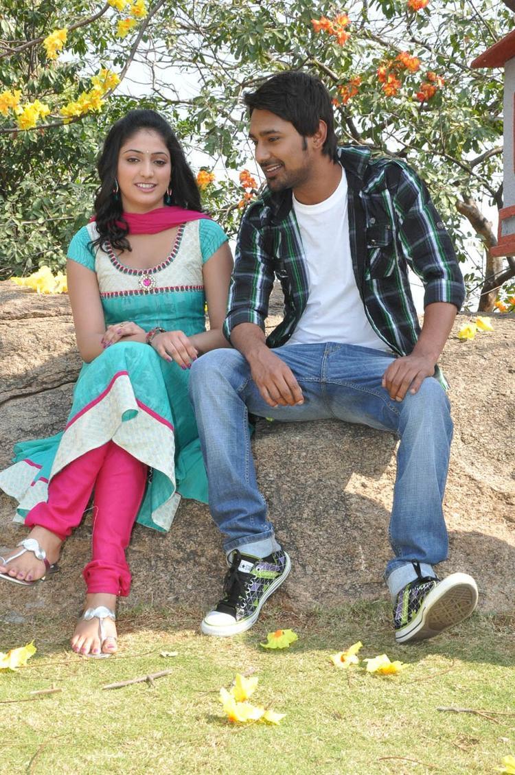 Haripriya And Varun Awesome Photo Still At Ee Varsham Sakshiga Movie Launch