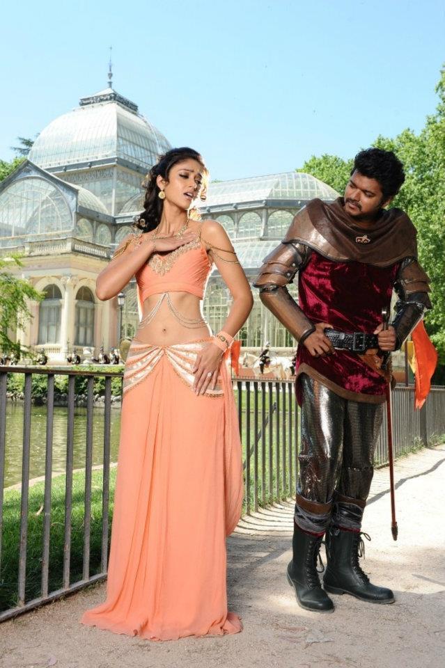 Ileana And Vijay Gorgeous Look Photo Still From Movie Nanban