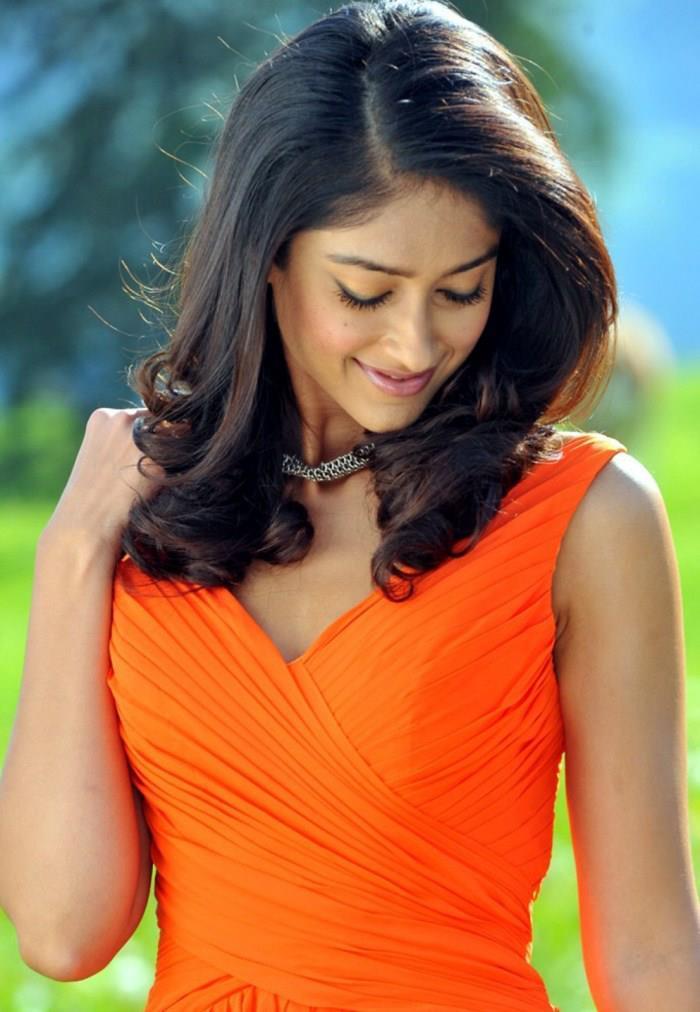 Ileana Cute Expression Photo Still In Tangy Orange Dress