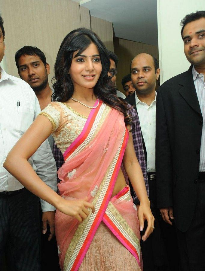 Samantha Strikes A Nice Pose At The Launch Of Diamond Jewellery In Kirtilal Jewellers