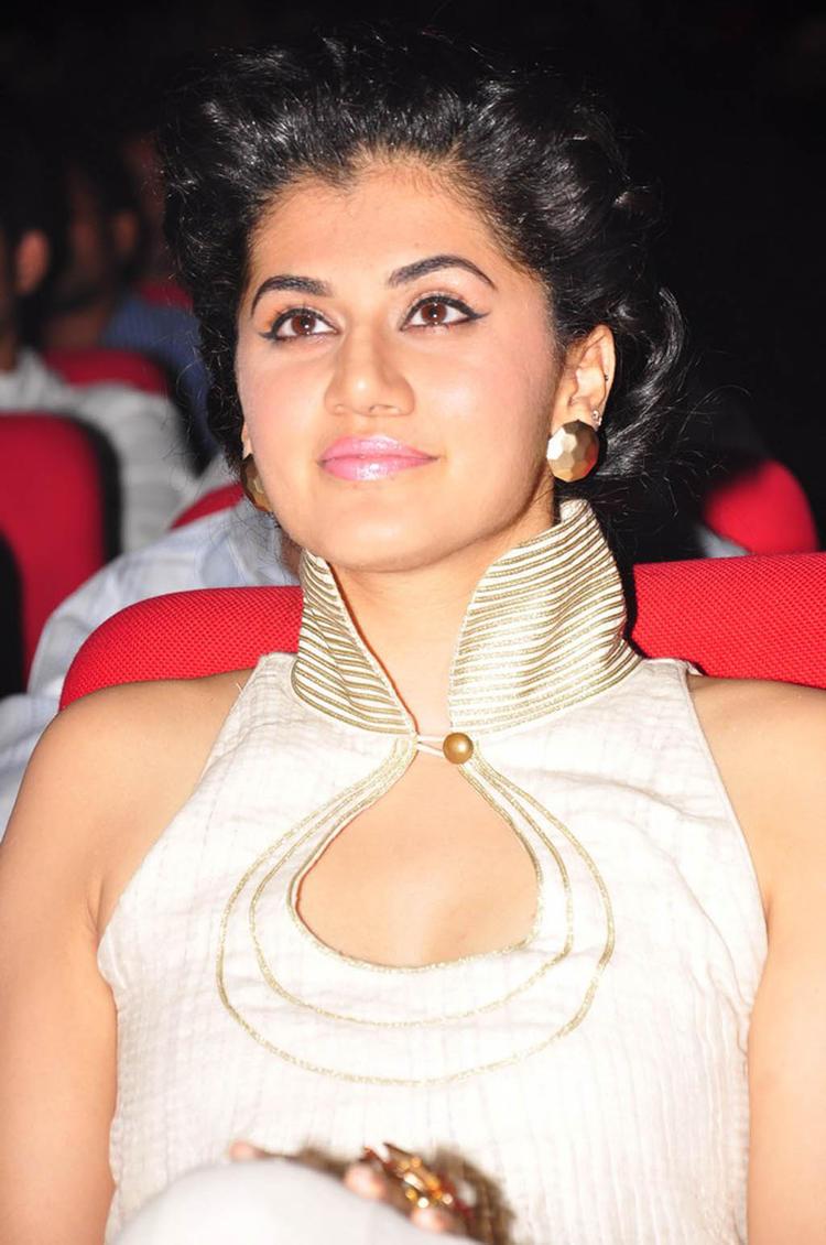 Taapsee Gorgeous Look In A White Dress Photo Still At Shadow Audio Release Function