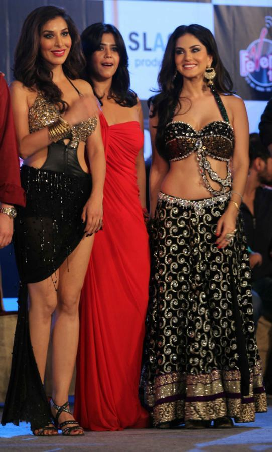 Sophie,Ekta And Sunny Posed For Camera At The Music Launch Of Shootout At Wadala