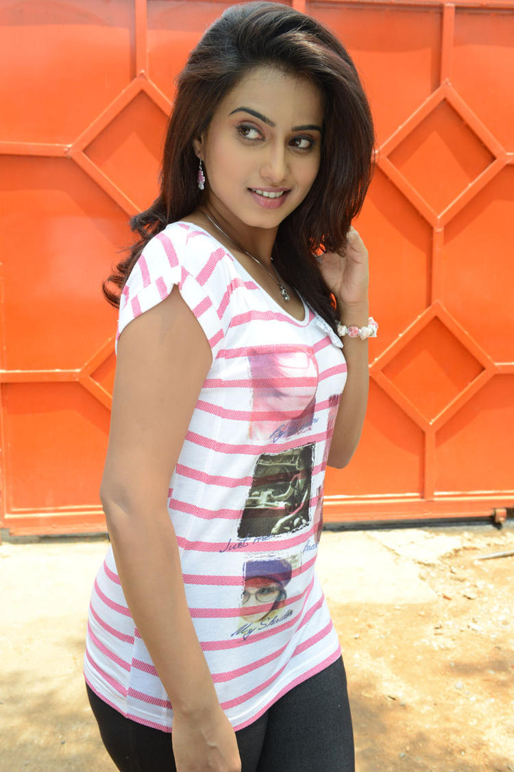 Dimple Chopade Sizzling Look Photo Still