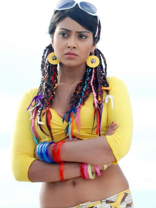 Shriya Saran Trendy Looking Photo Still