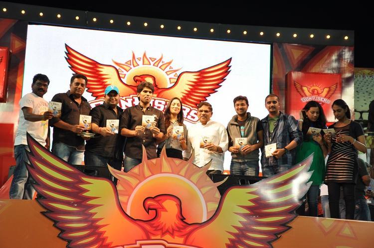 Prakash,S. Thaman,Sirish,Yami Gautam And Aravind On Stage At Gouravam Audio Launch