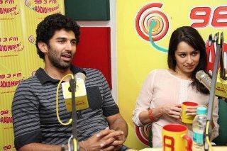 Aditya And Shraddha At Radio Mirchi For Promoting Aashiqui 2
